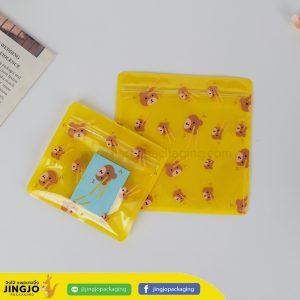 ถุงซิปล็อค ซองซิปล็อค ซองพลาสติก ลายการ์ตูน ตั้งไม่ได้ ( น้องหมี สีเหลือง )